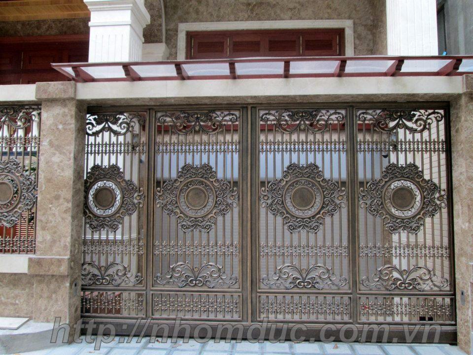 Mẫu cổng cửa nhôm Đúc