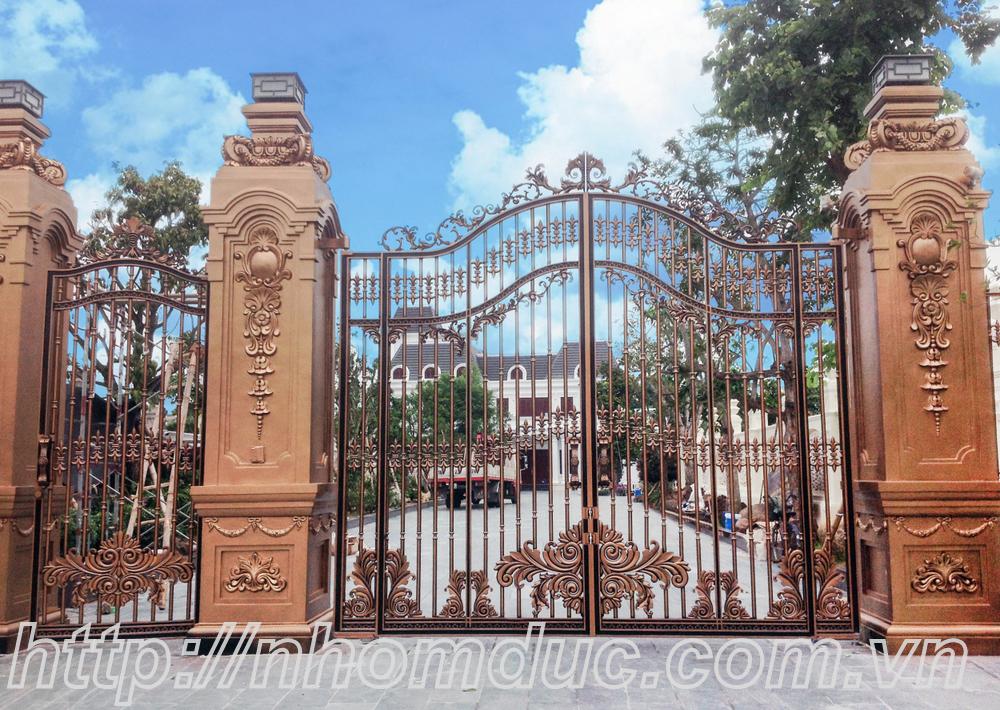 sản xuất công nghện Nhật Bản, sơn nhập khẩu cao cấp. Mẫu cổng biệt thự đẹp nhất Hà Nội