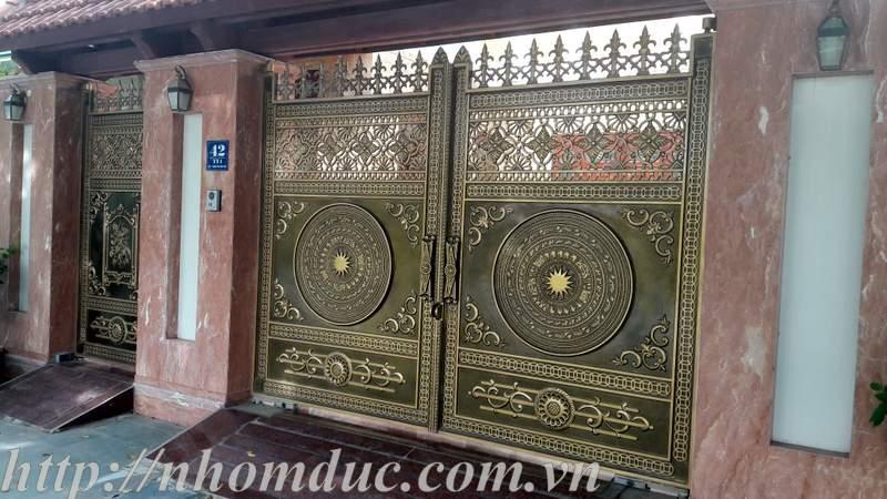 lắp cổng nhôm đúc Fuco Tân An, lắp cổng nhôm đúc Fuco Kiến Tường, lắp cổng nhôm đúc Fuco Nghệ An