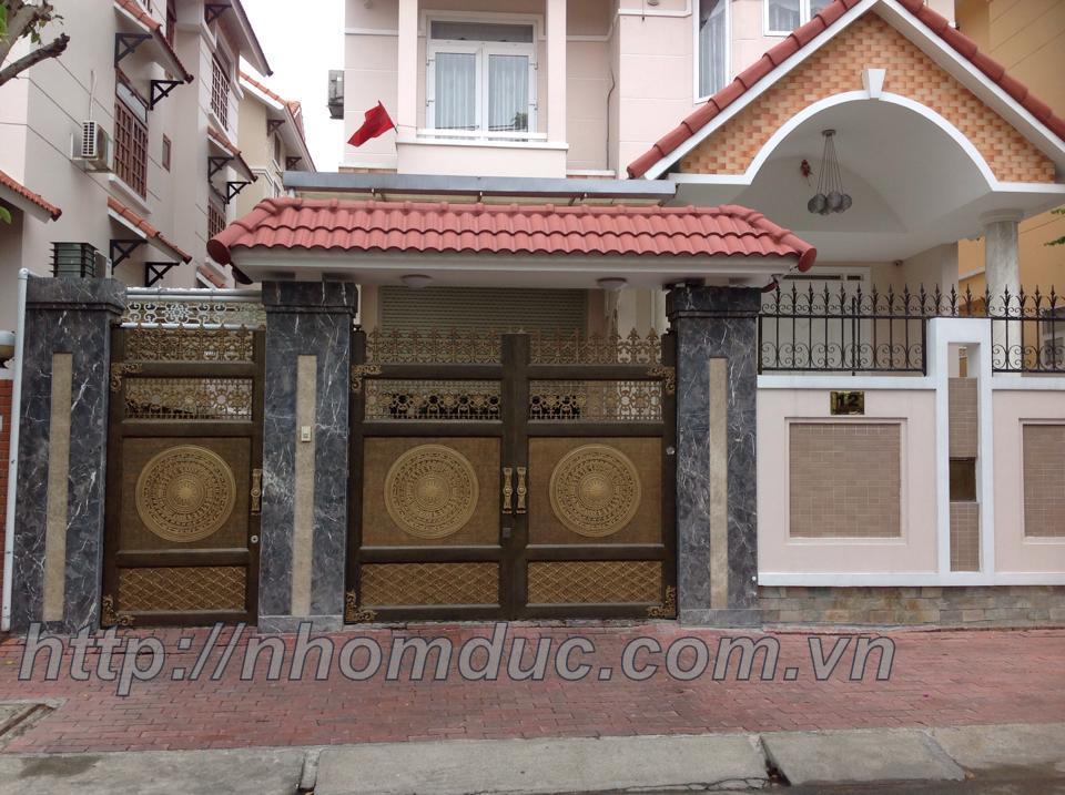 cửa cổng biệt thự nhôm đúc Fuco Thừa Thiên Huế