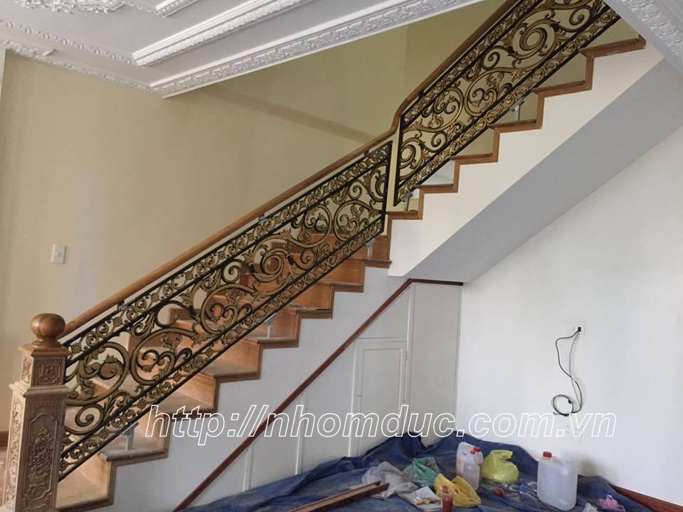 Báo giá, thiết kế, lắp đặt lan can, tay vịn cầu thang nhôm đúc