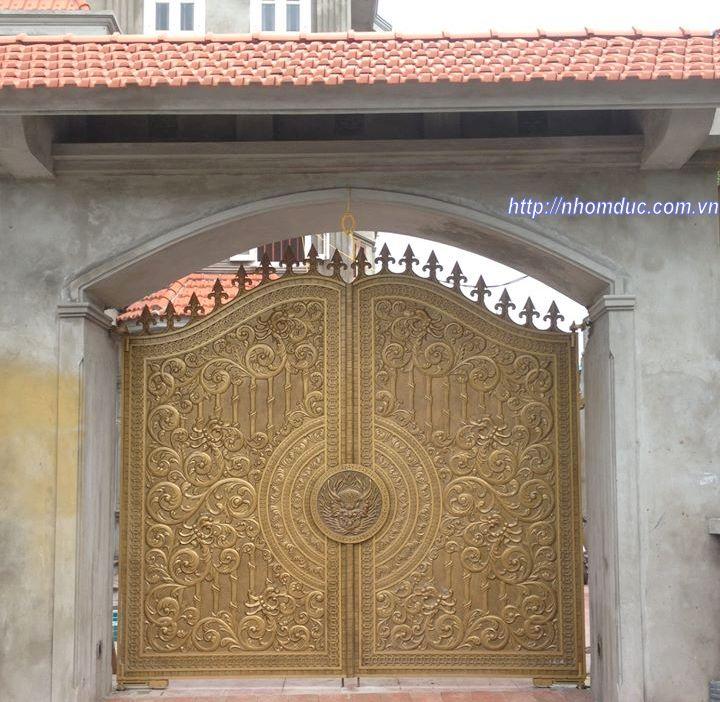 Báo giá cổng nhôm đúc kín