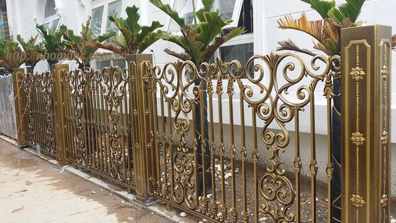 Hàng rào nhôm đúc không bị oxi hóa, bền, đẹp với thời gian